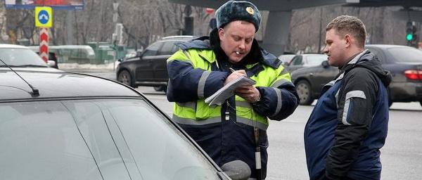 «Надо знать каждому водителю»: может ли инспектор забрать карту памяти видеорегистратора